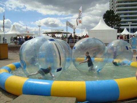 Водные шары для детей на Ostsee Strand