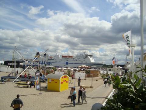 Корабли в Балтийском море (Любек)