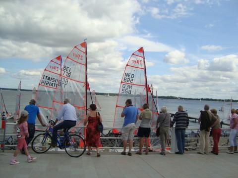 Балтийское море. Германия. Парусные лодки на набережной