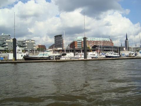 Порт Гамбурга - достопримечательность города