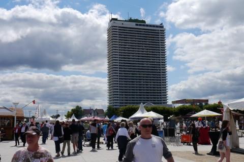 Высотное здание на Ostsee Promenade