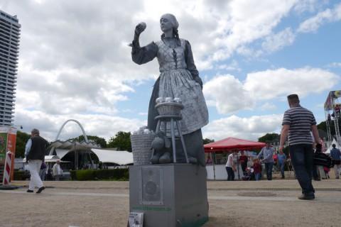 Живая статуя на Ostsee Promenade