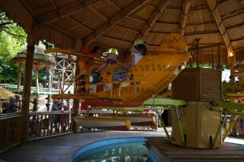 Детский самолёт в Ханзапарке