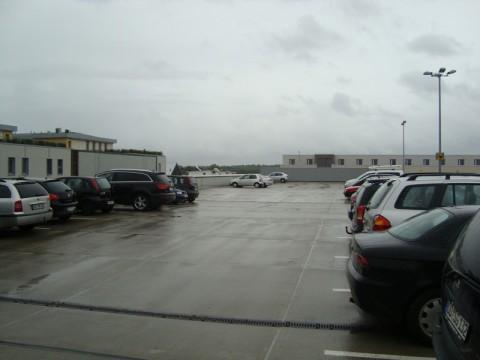 Автостоянка на крыше супермаркета в Германии