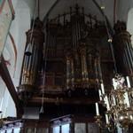 Православное Рождество и католическая церковь в Любеке.