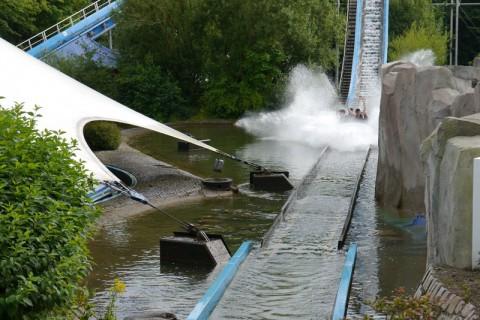 """Водный аттракцион Wasserbahn """"Super Splash"""" в Ханза парке"""