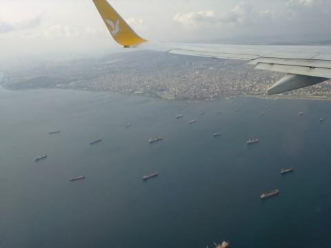 Турция. Стамбул. Фото моря и суши. Приземляемся в аэропорт Сабиха Г.