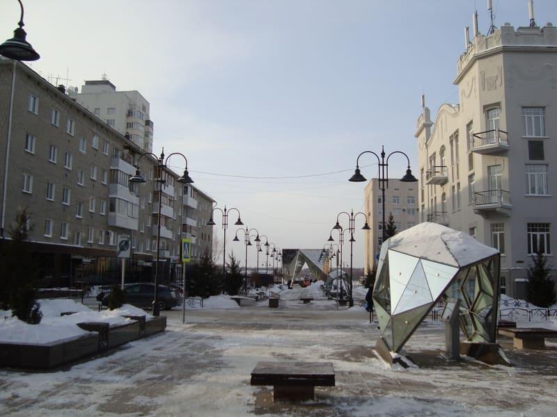 Омск в зимнее время - улица Валиханова