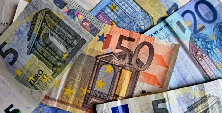 Сколько брать денег в Черногорию